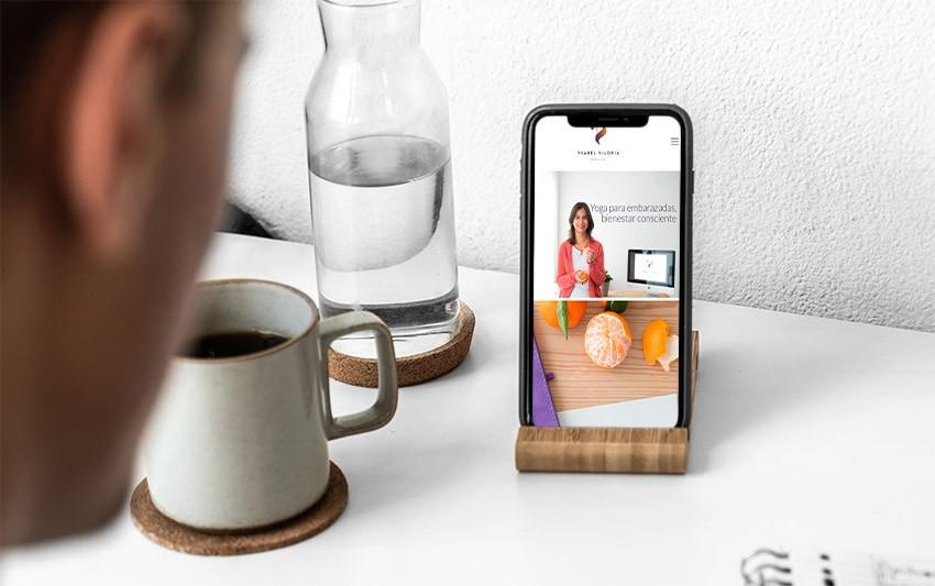 iPhone-11-ysabel-viloria-carlosmarca-portfolio